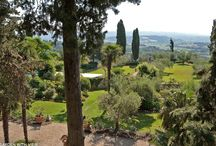 Gardens in Italy / Gardens of the luxurious Italian villas