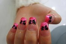nails / by Alicia Lazarin-Hernandez