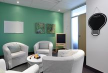 George Hull Family Centre / Plain, office-like therapy rooms in a non-profit children's mental health centre needed updating. Jane Lockhart Interior Design and contributing partners created new, family-friendly spaces.