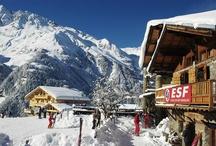 WINTER | SAINTE FOY / Het skigebied Sainte Foy is uitermate geschikt voor gezelschappen met zowel beginnende als vergevorderde skiërs; beginners profiteren van de overzichtelijkheid en de lage prijs, terwijl gevorderden niet genoeg kunnen krijgen van de off-piste mogelijkheden, grenzend aan het nationale park.