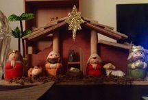 Christmas time / De gezelligste maand van het jaar is weer begonnen. Hieronder een aantal ideeën om je huiskamer sfeervol te maken, DIY nail art en de hipste kleding voor de feestdagen.