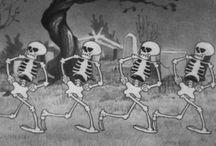 Halloween / by Ashley Bainter-Munn