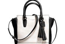 Handbags / by Jessica Leeser