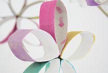 knutselen met wcrolletjes (craft from empty toilet paper tubes) / ...wat er allemaal niet voor leuks gemaakt kan worden van delegewc-rolletjes, kosteloos wordt kostelijk materiaal....