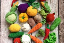 amigurumi / crochet/knitting toys