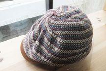 PeachBloomのスタッフの私物の帽子 / PeachBloomが実際に持ってる帽子のコレクションです。 PeachBloom以外のブランドも紹介しています。