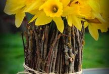 Garden...Flower arrangments and vignettes / decorating with flowers and other meaningful things...
