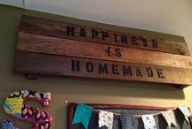 pallet projects / by Kelly Whetstone