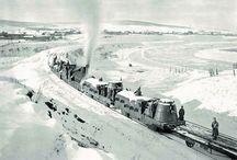 trenes blindados y artilleria sobre rieles