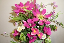 Flowers & Centerpieces / by Kathy