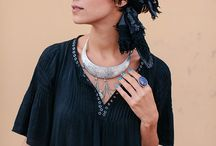 large silver necklace looks