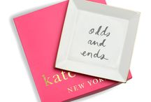 2014 HOLIDAY GIFT GUIDE / HOLIDAY GIFT GUIDE / by Brittany Reynolds | FOR THE LOVE OF GOLD