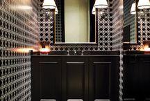 Interior: bathroom classic