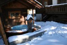 Vířivky v zimě / Moderní vířivky Softub vám dopřejí pohodu a relax i v zimním chladném počasí.