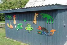 dinosaur på Amagerskolens bålhul