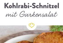 Kohlrabi Schnitzel mit Gurkensalat