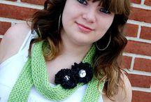 Loom knitting / by Heather Goughnour Odkan