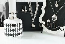 Beautiful Black / Mysterious & Sexy Black colored Dots | Interchangeable for necklaces, bracelets, rings, and more unique snap jewelry pieces!