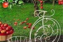 Garden decor HITSAD / Decoration Home & Garden/ садовый декор, арки, шпалеры, перголы, декоративные тележки, садовые фигуры, поливалки, мельницы, фигуры с фонарями, фонтаны, мостики