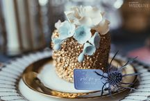 Holiday Fête / WEDLUXE BLOG: Holiday Fete   Design, Decor & Florals: Sara Baig Designs   Photography: The Love Studio   Makeup & Hair, Styling: Voulez Beauty Boutique   Accessories: The Loved One    Mini Cakes: The Pursuit of Frosting   Stationary: Of Rye & Roses   #cake #stationary #holiday #party