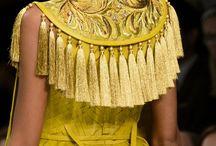 muhteşem detaylı elbise