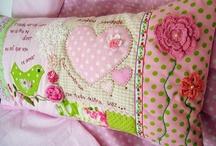 Подушки/Pillows