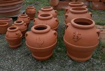 Classic andTraditional Terracotta / an ancient tradition hundreds of years ..