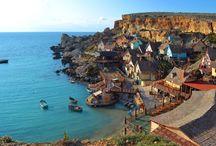 Malta / Encuentra un encanto sin igual en la isla mediterránea de Malta. Disfruta de sus aguas cristalinas, sus enormes castillos y bastiones, sus ciudades históricas y mucho más.