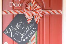 Gift door