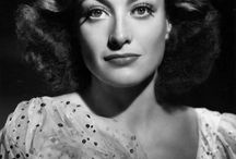 Joan Crawford / Read or listen to the short biography about Joan Crawford at www.5minutebiographies.com/fay-wray/ or find us on iTunes