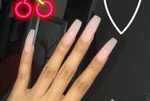 nails longer than yo future