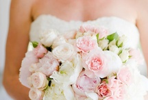Wedding flowers..beautiful / by Sandel Gonzales