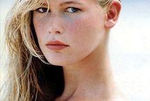 Claudia Schiffer / Modelo Top