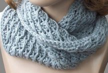 Crochet-Clothing, Scarves & Hats / by Krystal Barreira