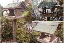 casette e mangiatoie per uccelli selvatici / casette e mangiatoie per dare riparo e nutrimento ai piccoli volatili selvatici nella stagione invernale, periodo durante il quale  faticano a trovare il cibo che invece in estate abbonda