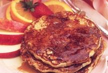 Bon Appétit - Déjeuner - Breakfast  / by Jane Escoffier