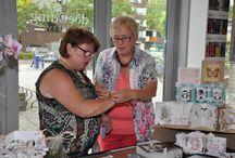 Demo Els, Anita en Diny 16 augustus 2014 / Op 16 augustus hebben Els van de Burgt, Anita Izendoorn en Diny Sprakel een demonstratie gegeven bij Doe@ding.