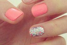 Pretty fingers / by Jenn Lane