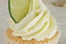 Cupcakes / by Carolyn Bagwell