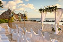 Curacao Weddings / The island of Curacao brings weddings a bit of Caribbean authenticity that will make it an unforgettable experience for you and your guests.