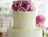 Bake Me A Cake / Big cakes, cupcakes, cookies, and all the sweet treats of desire for YOUR wedding!