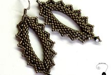 earrings / beading