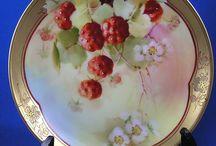 Fruits and flora porcelains