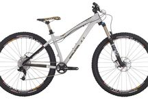 2015 MTB Hardtail / Hardtail bikes are bikes with rigid frames made from steel, aluminum or carbon and can either include a rigid or suspension fork. Diamondback has a number of rigid frames available including our Overdrive or Axis series, our Mason All Mountain 29er, and our Women's Lux series.