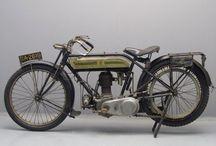 Motorbikes of the twenties / Motorbikes from 1920 until 1930