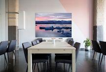 Nuestras fotografias en espacios de trabajo / Visita nuestro catálogo con más de 500 fotografías y elige las más acordes a tu lugar de trabajo. Porque el arte y el trabajo pueden ir de la mano.