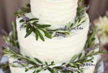 Wedding cakes / Frosted