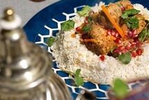 Арабская кухня / Магриб и Ближний Восток представляют собой сложное единство. Географическое, политическое и религиозное. На этой территории есть не только Северная Африка с Алжиром, Марокко и Тунисом, но и, скажем, Ливан. Кроме географии и истории эти страны объединяет яркая пряная еда.
