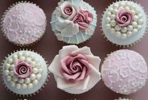 Wedding Cakes / Beautiful cakes for your beautiful day.