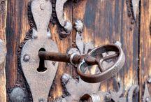 Door handles, keys and knobs